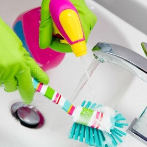 Take the bathroom cleaning challenge! Clean your bathroom with these 12 easy steps and have your bathroom completely cleaned in 15 minutes or less.