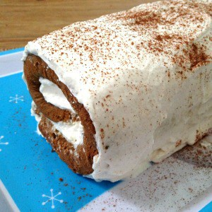 Easy gingerbread roll recipe. One of my favorite easy holiday dessert ideas, a fun holiday cake for Christmas dinner.