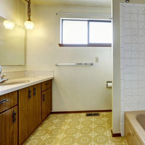 Cleaning Yellowed Linoleum - Creative
