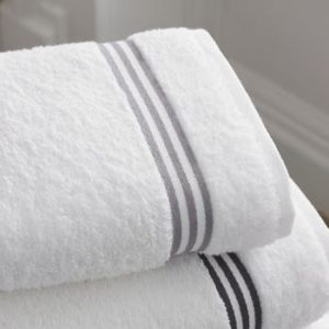 Remove lint from bath towels with these easy tips from our readers.