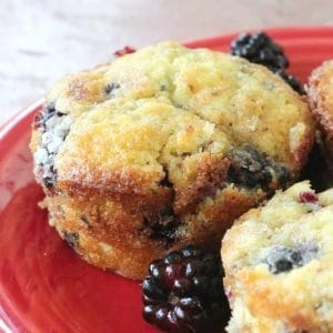 Easy recipe for blackberry muffins. Make homemade muffins from fresh or frozen blackberries.