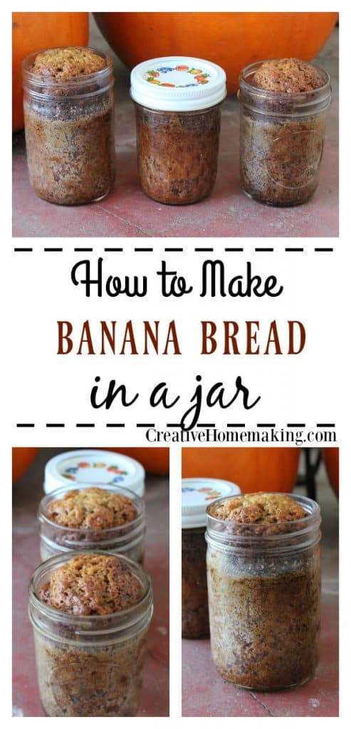This easy banana bread in a jar recipe is a great gift idea for Christmas!