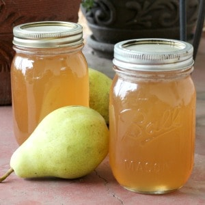 Easy recipe for canning pear jelly. One of my favorite fall canning recipes!