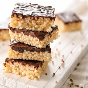 How to use a slice of bread to soften your stale Rice Krispie Treats! Tips for making soft Rice Krispie Treats that don't turn out hard when you make them.